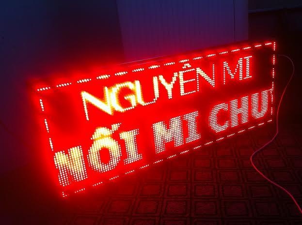 led chay chu.jpg